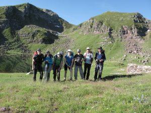 Viajeros durante el trekking de la Senda de Camille