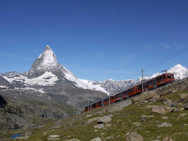 Tren llegando a Gornegrat